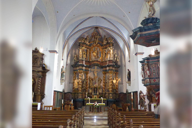 Innenansicht der St. Pankratius Kirche Körbecke